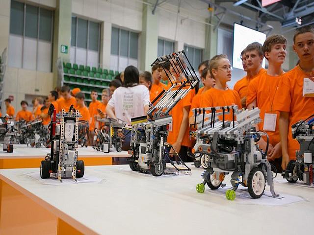 Олимпиада школьников «Ломоносов» по робототехнике