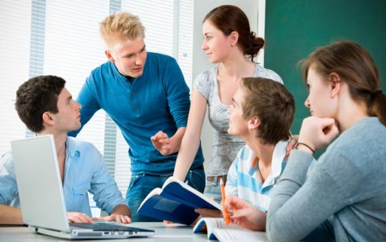 работа в школе для студента